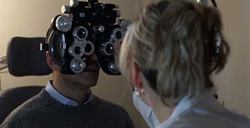 eye exam by dr idrizovic