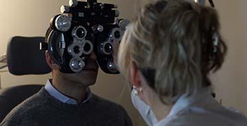 eye exam by dr idrizovic